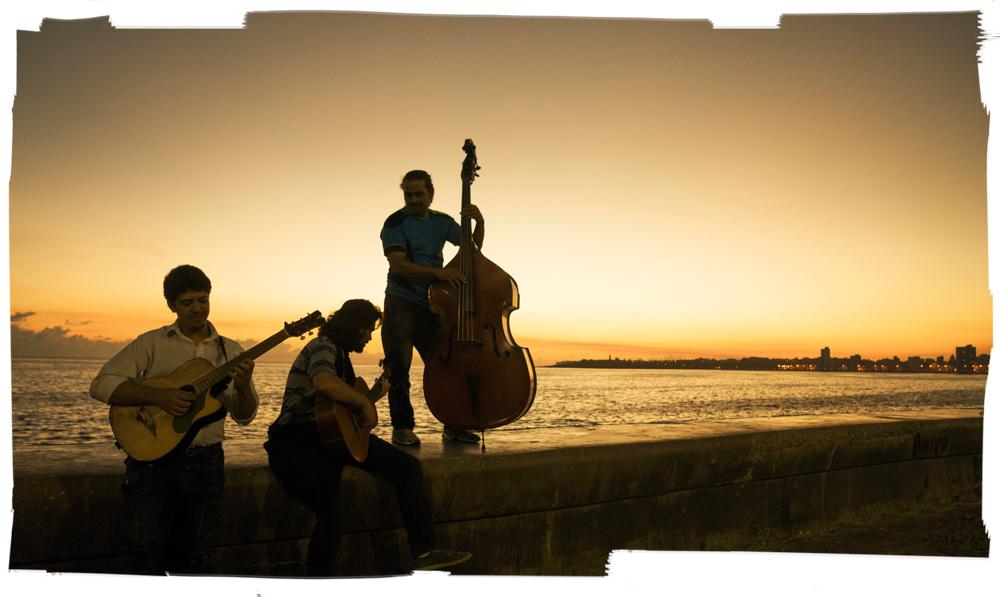 Parcero_Musiker am Meer